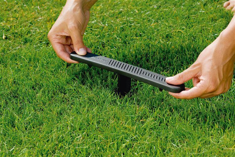 Irrigatore gardena aquacontour per superfici irregolari for Irrigatori fuori terra